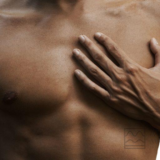 Dr.Martino-Meoli-Ginecomastia-quando-e-perche-ricorrere-alla-chirurgia-del-seno-maschile