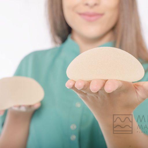 Dr.Martino-Meoli-protesi-al-seno-dinamiche-facciamo-chiarezza