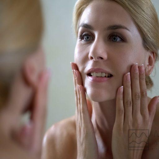 Dr.Martino-Meoli-ringiovanimento-del-volto-chirurgia-o-medicina-estetica